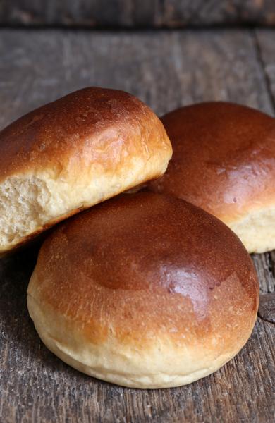 Afbeelding van Zachte Witte Broodjes bolletjes (per 5 stuks)