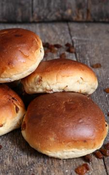 Afbeeldingen van Rozijnenbroodjes (per 5 stuks)